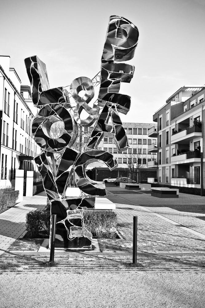 Aus der Nachbarschaft, Düsseldorf