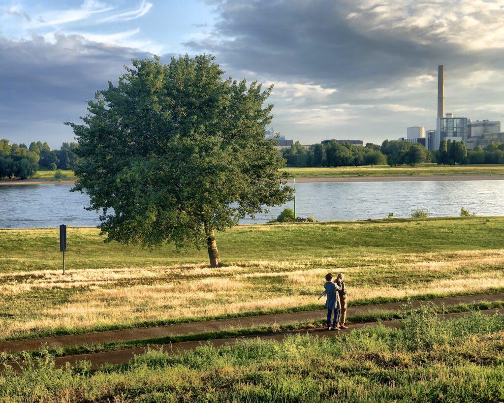 Düsseldorf: Linkes Rheinufer